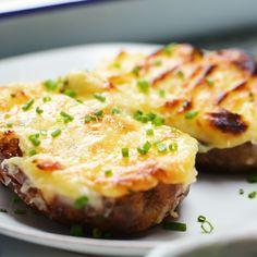 Fish Pie Potato Skins - Creamy fish pie in a bitesized potato skin! Salmon Recipes, Potato Recipes, Fish Recipes, Seafood Recipes, Cooking Recipes, Meatball Recipes, Potato Cakes, Potato Pie, Paula Deen