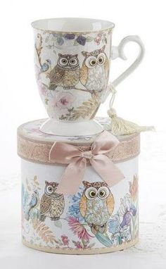 Porcelain Tea / Coffee Mug in Matching Decoraive Box, Owl. Stars Disney, Round Gift Boxes, Owl Mug, Owl Crafts, Porcelain Mugs, Matching Gifts, Tea Set, Tea Party, Coffee Mugs