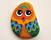 ❤~Piedras Pintadas~❤♥⊰❁⊱ Hand Painted Stone Owl