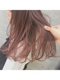 【ALIVE原宿】ピンクグラデーションで一歩先のオシャレ感☆/ALIVE harajuku【アライブ ハラジュク】 原宿/表参道をご紹介。2017年春夏の最新ヘアスタイルを100万点以上掲載!ミディアム、ショート、ボブなど豊富な条件でヘアスタイル・髪型・アレンジをチェック。