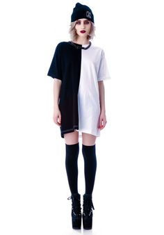 Long Clothing 2 Tone black and white unisex Oversized Tee