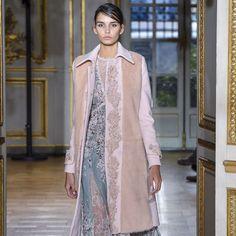 Zuhair Murad Autumn/Winter 2017 Ready to wear Collection | British Vogue