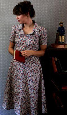 dress, vintage, bun, hairstyle, fringe, floral, pattern, retro, collar, 40s, style, fashion
