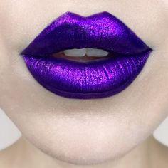Everlasting Glimmer Veil Liquid Lipstick - KVD Vegan Beauty | Sephora Purple Lipstick Makeup, Lipstick Art, Lip Art, Pink Lips, Lipstick Colors, Liquid Lipstick, Lip Makeup, Lip Colors, Neon Lipstick