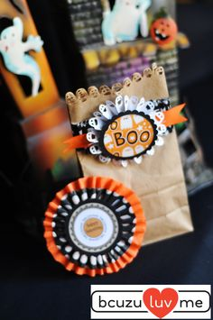 Happy Halloween treat bag and topper