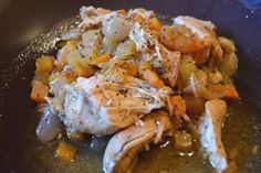 ingredients:  4 chicken breasts, all visible fat removed and cut into bite sized chunks 4 smokey bacon rashers, all visibl. Slimming World Recipes Extra Easy, Slimming World Chicken Recipes, Lunch Recipes, Diet Recipes, Cooking Recipes, Healthy Recipes, Easy Chicken Stew, Diced Chicken