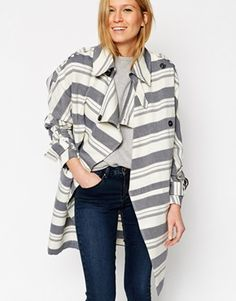 The perfect interseasonal coat right there! And you know how much I love stripes!