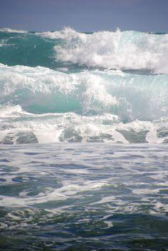 .ahh nothing like the crashing wave sounds.