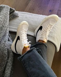 Converse Sneaker, Puma Sneaker, Sneaker Outfits, Dr Shoes, Hype Shoes, Me Too Shoes, Sneakers Mode, Sneakers Fashion, Nike Blazer