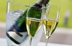 My new article about Hungarian Sparkling wines. It is an introduction with a little bit of history and the most notable producers. I hope you like it, please let me know in the comment section and… Sparkling Wine, White Wine, Wines, Don't Forget, Alcoholic Drinks, Sparkle, Let It Be, History, Blog