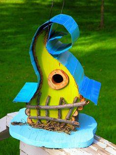 bird house, birdhouse, Curvy Lady Birdhouse available in color options by PapaJonsflyinns on Etsy Decorative Bird Houses, Bird Houses Painted, Bird Houses Diy, Fairy Houses, Painted Birdhouses, Bird House Plans, Bird House Kits, Galvanized Metal Roof, Bluebird House