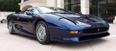 Jaguar XJ220 – 1992 Forgotten Supercar: Est. Market Price: $650,000.00/345,000 Euros, Maximum Speed: 217 mph (350 km/h), 0-60 mph: 3.8 seconds.