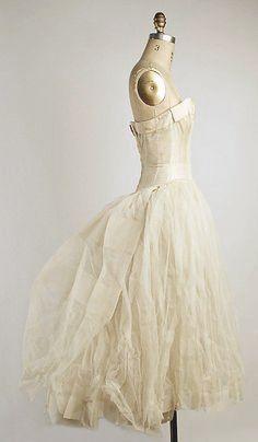 Dior Vintage, Moda Vintage, Vintage Mode, Vintage Couture, Vintage Hats, Vintage Bridal, Moda Fashion, 1950s Fashion, Vintage Fashion
