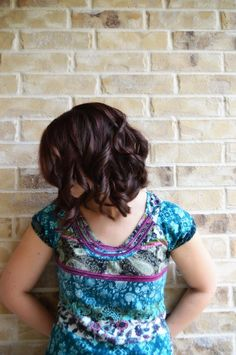 How to Get Fabulous Hair Styles Without The Fuss via @coastiewife321. Rich hair color, easy holiday hair style, curls that last. #HeartMyHair #ad
