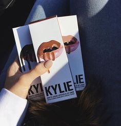 keeping-up-with-the-jenners: Kylie lip kit