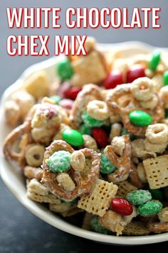 Everyone loves Chex mix and this delicious White Chocolate Chex Party Mix is always a hit at family parties or as gifts for friends in your favorite holiday tin. It is super easy and makes a lot. Oreo Dessert, Mini Desserts, Finger Desserts, Candy Recipes, Holiday Recipes, Christmas Recipes, Yummy Recipes, Recipies, Holiday Foods
