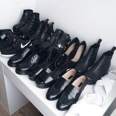 Todos necesarios! negro siempre negro...