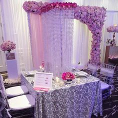 great vancouver wedding Another shot from the Bling Boutique Bridal Show ft. our favourite Diamanté Charger Plates in this setting. Photo Credit : @chairdecor #weddingwednesday #weddinginspiration by @abpartytime  #vancouverwedding #vancouverwedding