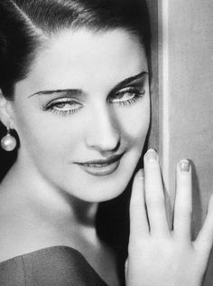 Norma Shearer in a still fromStrange Interlude, photographed by George Hurrell, 1932.