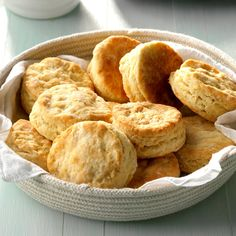 Mom's Buttermilk Biscuits Recipe -These fluffy biscuits are so tasty slathered with butter or used to mop up every last drop of gravy off your plate. I can still see Mom pulling these tender gems out of the oven. Fluffy Biscuits, Buttermilk Biscuits, Tea Biscuits, Bojangles Biscuits, Cookbook Recipes, Cooking Recipes, Bread Recipes, Cracker Barrel Copycat Recipes, Easter Side Dishes
