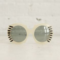 bbc139c0d8 1960s Round Sunglasses  Pearlescent vintage mod sunnies with black arrow  designs and clear blue lenses