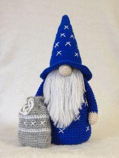 Crochet Teddy, Crochet Bunny, Crochet Dolls, Cute Crochet, Halloween Crochet Patterns, Crochet Amigurumi Free Patterns, Christmas Knitting Patterns, Crochet Christmas Decorations, Holiday Crochet