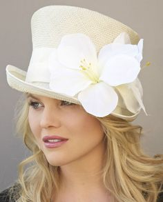 """And nice especially when it comes to the """"hats in the way"""" concept! New KENTUCKY DERBY HAT. Kentucky Derby Fashion, Kentucky Derby Hats, Fancy Hats, Cute Hats, Wedding Hats, Church Wedding, Diy Hat, Stylish Hats, Church Hats"""