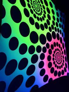 """2,5x2,5m Psywork Schwarzlicht Goa Segel Spandex """"Spirals made of Dots""""  #blacklight #schwarzlicht #neon #glow #psy #party #deco #spandex #stretch #effects"""