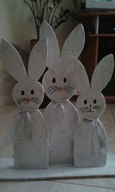 Egg Crafts, Bunny Crafts, Easter Crafts, Diy And Crafts, Summer Crafts, Holiday Crafts, Elephant Crafts, Easter 2021, Easter Projects