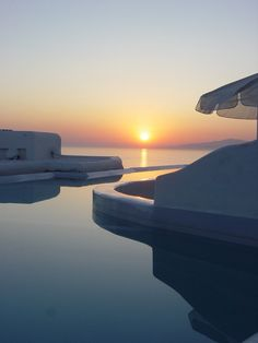 a moment of calm and a stunning sunset in Mykonos, Greece #letsgetlost