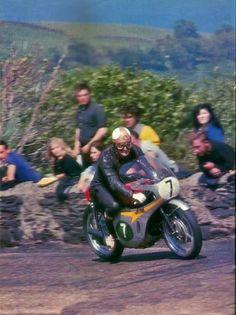 Mike Hailwood en el TT de 1967.: