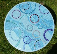Mosaic Bistro / Patio / Garden Table Circle of door EsthersMosaics