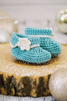 Winter Wonderland Ankle Booties - CROCHET PATTERN