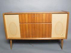 Grundig Majestic Stereo Radio Console Model SO 122 US