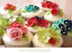 Summer Garden Cupcakes. Pretty.