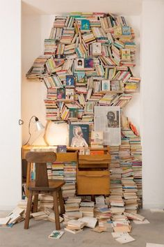 There is always a risk that the bookcase starts to live a life of its own.