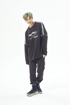 Stray Kids Chan, Kids Z, Oriental Fashion, Lee Know, Pop Fashion, South Korean Boy Band, Boy Bands, Libra, Boy Groups