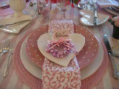 Girlie pink tablescape
