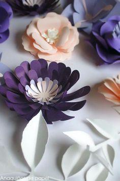 Delicadeza a pequeña escala en flores hechas a mano – Anaquiños de Papel