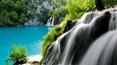plitvice-lakes-croatia-2560x1440.jpg (2560×1440)