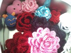 Crochet flowers and other things for keychains and other small projects...