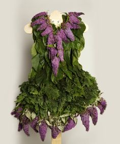 As a statement against the fashion industry's significant impact on the environment, Dextras created 28 organic dresses—each made entirely out of organic and locally-sourced leaves and flowers. (Designtaxie, 2012)