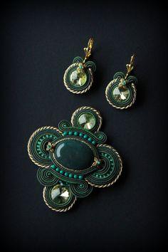 Handmade soutache necklace and brooch by Mildossutazas on Etsy