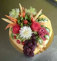 Sandwich Cake, Sandwiches, Food Carving, Food Decoration, Fruit Art, Diy Food, Food Art, Catering, Food And Drink