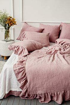 Never want to get out of bed? Blame this linen bedding