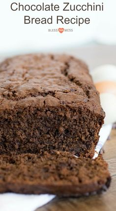 Healthy Recipes : Illustration Description Chocolate zucchini bread that is rich, moist, and perfectly sweet with the addition of chocolate chips for good measure. Moist Zucchini Bread, Chocolate Zucchini Bread, Zucchini Bread Recipes, Easy Bread Recipes, Chocolate Chips, Recipe Zucchini, Healthy Recipes, Breakfast Recipes, Dessert Recipes