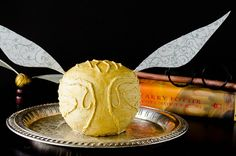 Butterbeer and Cauldron Cakes anyone?