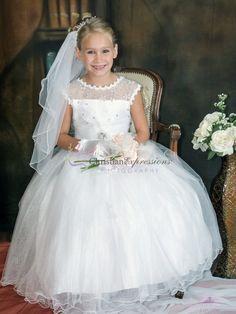 Girls First Communion Dresses, First Communion Veils, Holy Communion Dresses, Communion Suits For Boys, Prom Dresses Blue, Girls Dresses, Party Dresses, Bridesmaid Dresses, Pageant Dresses