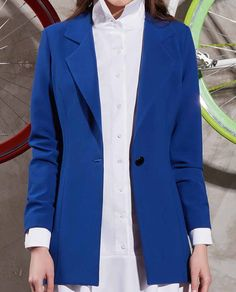 Un stil office sau casual chic poate fi creat cu usurinta alaturi de un sacou elegant si versatil. Tiar Studio iti prezinta sacou casual albastru INES cu revere crestate si un nasture oversize, pe care suntem convinse ca il vei adora. Casual Chic, Suit Jacket, Breast, Blazer, Jackets, Fashion, Casual Dressy, Down Jackets, Moda