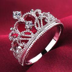 Breath-taking Dazling Fake Diamond Princess Crown Engagement Ring for Women